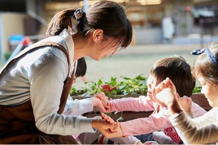 【전문학교】 【日本児童教育専門学校】 일본아동교육 전문학교_현장에서 오랫동안 활약하는 보육사