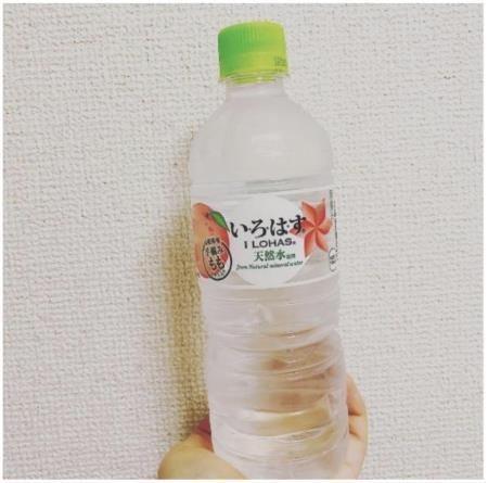 日本美食報告!いろはす水蜜桃口味的礦泉水