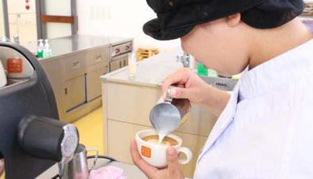 【專門學校・餐飲&寵物美容】【専門学校Visionary Arts】 咖啡的魅力