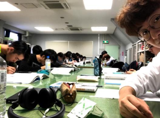 월간유학생 일본유학생의 하루_동양미술학교 (9).JPG