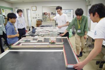 로봇대회 마이크로 마우스 준비_일본전자전문학교  (4).JPG