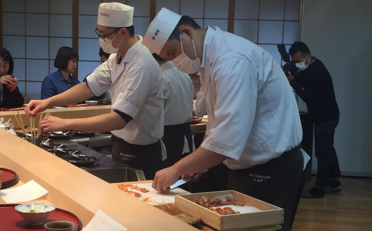 일식요리학교_도쿄스시와쇼쿠조리전문학교_해군카레 (3).JPG