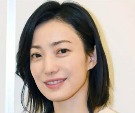 칸노 미호 일드 4년만에 복귀 1.JPEG